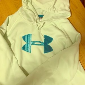 XL Loose Fit Under Armour Hoodie